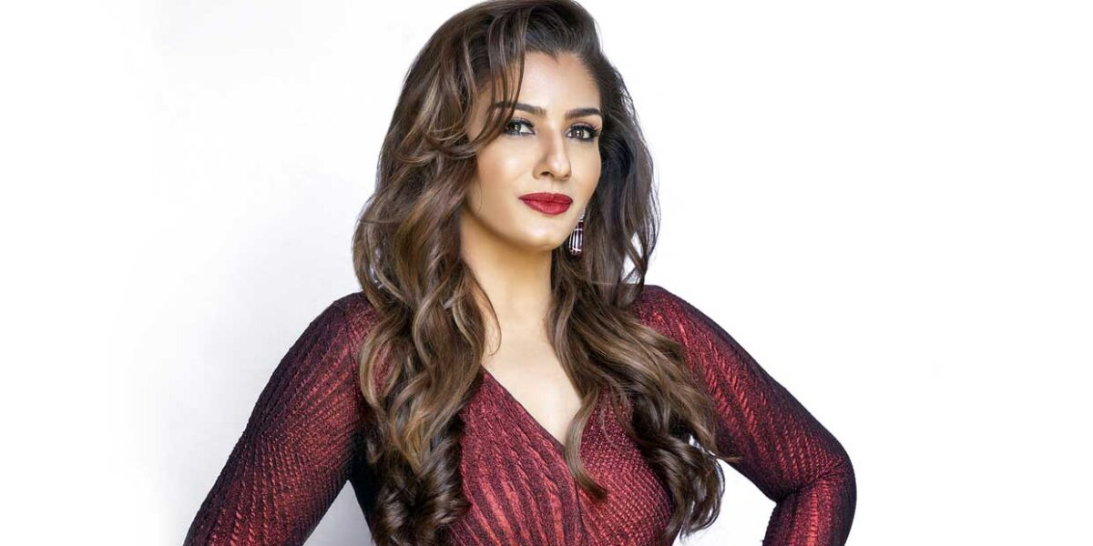 Bombay Film Production Raveena Tandon receives love from netizens for her cameo in Netflixs latest show Fabulous Lives of Bollywood Wives